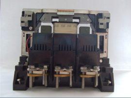 DIL 8-44D 400A  220V